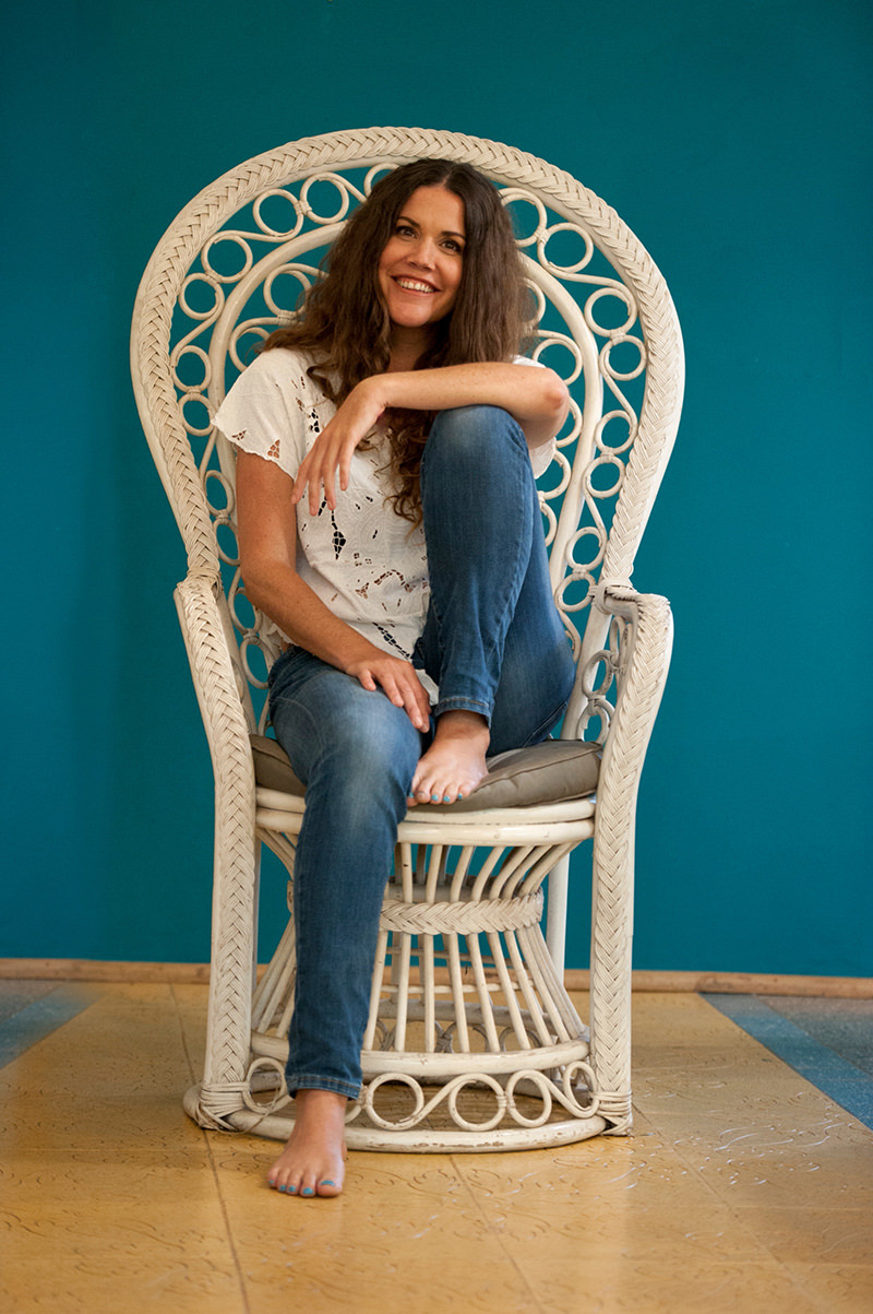Branding shoot for Jacki Bruniquel in Ballito, South Africa by photographer Elizabeth Donnell