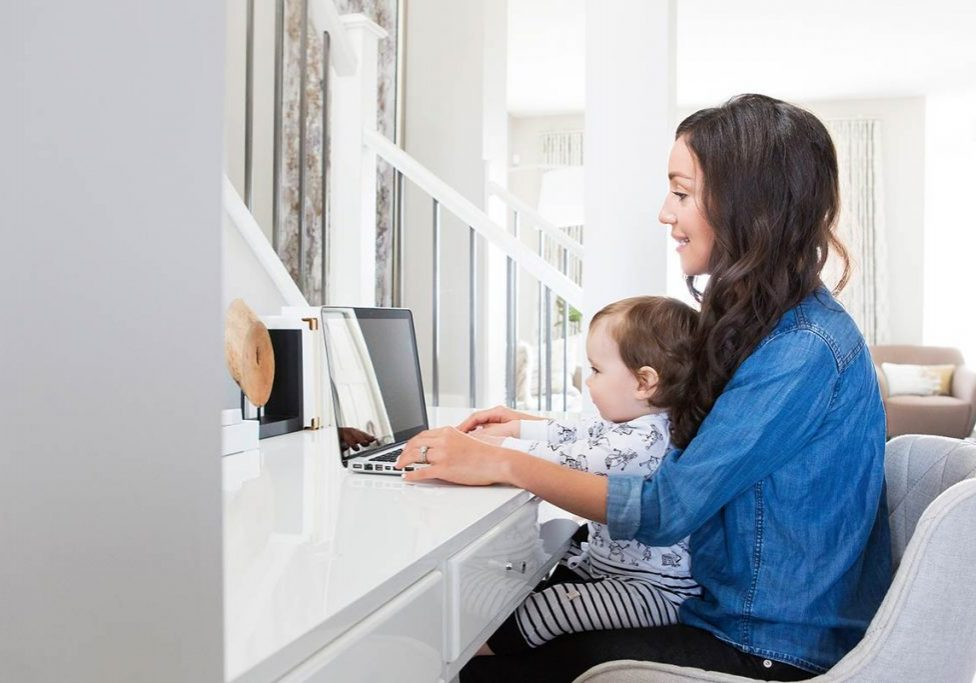 being-a-mom-and-juggling-business